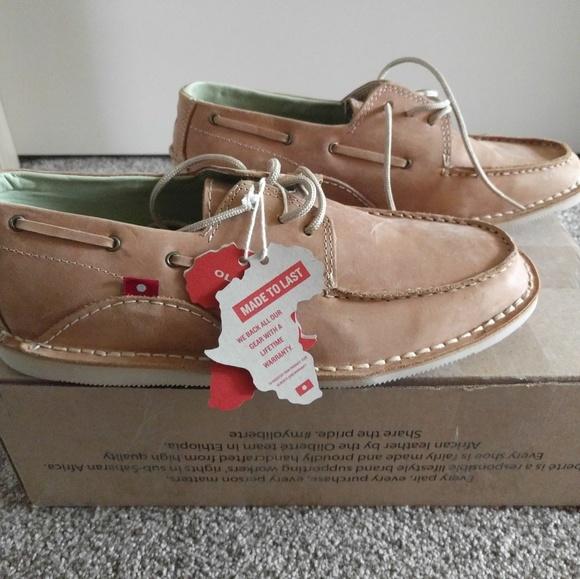 e77bc50367a7bf NEW Oliberte Lomayo Men s Boat Shoes Size 9